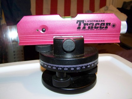 lasermark tracer 7 laser torpedo level with a cst/berger heavy duty tripod