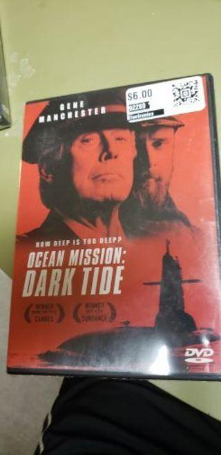 Sealed 2018 ocean mission: dark tide dvd movie/cards against humanity dad pack