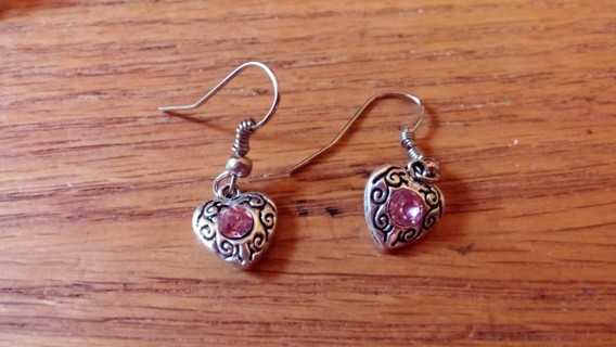 HEART WITH PINK STONE LAST PAIR