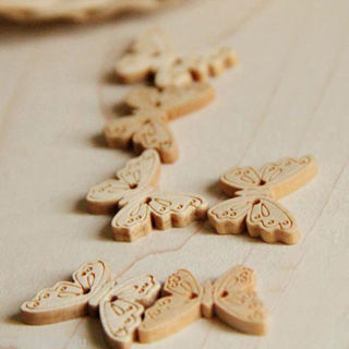 100PCs Natural Wooden Buttons Butterfly Shape Sewing Crafts DIY Accessories