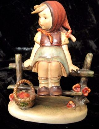 "JUST RESTING Goebel Hummel #112 3/0 1938 4"" Figurine TMK 3 INCISED MOLD DATE 1938 FIRST ISSUE"