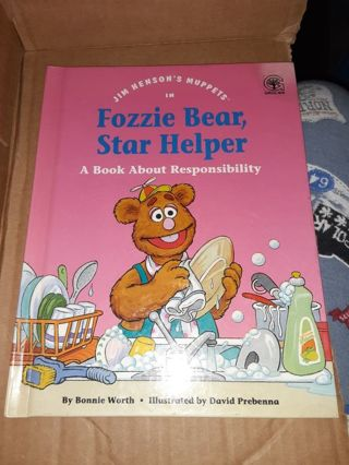 Fozzie bear star helper