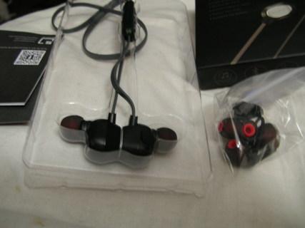 Bluetooth Earphones AWESOME!