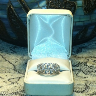 Free: DAZZLING 925 ETERNITY STYLE RING SZ 7 75 - Rings