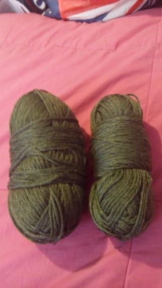 Jackpot of Yarn...8 Rolls of Yarn!!!!