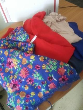 Sz lg womans shirts