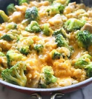 ☆ (New) Chicken Broccoli & Cheese Rice Casserole Recipe ☆