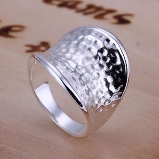 Sz 8 new women's .925 stamped silver hammered ring