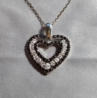 NECKLACE FANTASTIC SOLID STERLING SILVER WITH A 18 INCH STERLING SILVER CHAIN WOW JUST TAKE A LOOK!