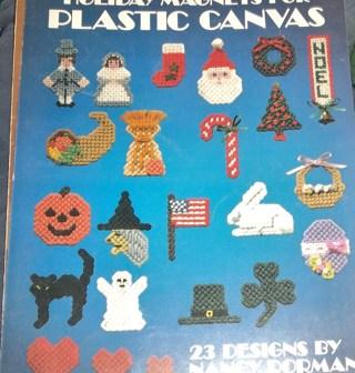 Plastic Canvas Christmas Patterns Free.Free Holiday Magnets In Plastic Canvas Patterns Other