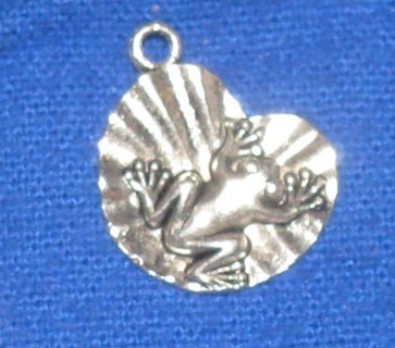Silver tone frog on Lily pad charm Use get it now and get free surprise charm