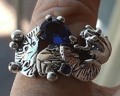 CUTE STERLING SILVER AZURE BLUE SAPPHIRE FROG ON A LILY PAD RING SZ 9 FREE SHIP! FREE GIFT!