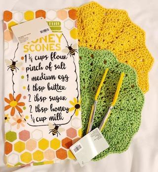 "Crochet 2 - 9"" Dish Cloth/Wash Cloths 1 TERRY CLOTH TOWEL***1 THONG SPATULA***"
