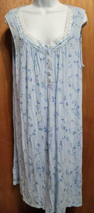 Ladies night gown size XL/XG (16-18)