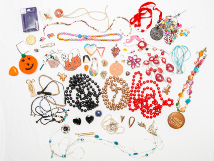 ANOTHER 1+ Pounds of Costume Jewelry Findings Destash DIY!