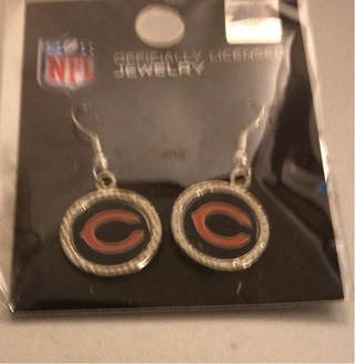 Brand New: National Football League Licensed, Chicago Bears Pierced Earrings. Very Pretty!