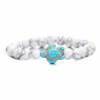 HOWLITE (WHITE TURQUOISE) BRACELET WITH TURQUOISE TURTLE
