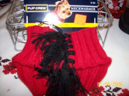 RED NECK SWEATER FOR SM DOG NEW ADD ON EVERY DAY 1 ITEM NO MYSTERY 7 ITEMS TOTAL