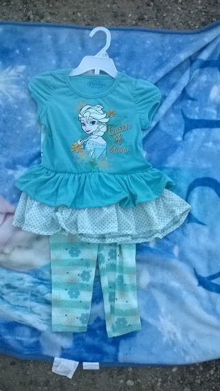 Disney's Frozen Brand New Girls size 5 two-piece outfit