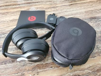 Beats by Dr. Dre Solo3 Wireless -USED