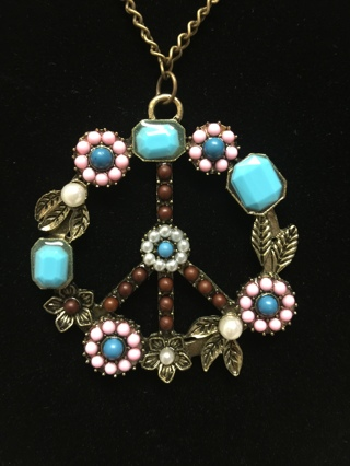 """VINTAGE Style Bronze """"PEACE"""" Sign Pendant & Necklace... So GROOVY!"""