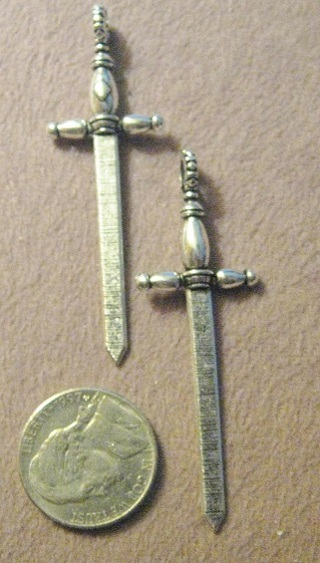 Awesome Silvertone 3D Sword Pendant ~ Gothic ~ GIN gets 2