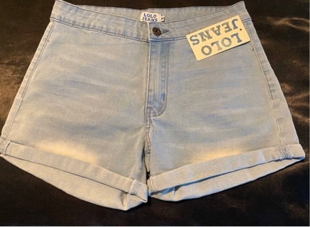Lolo Jean Rolled Up Shorts  Size Medium