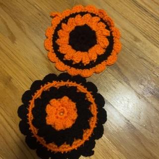 Hand Crocheted Pair of Puff Round potholders .