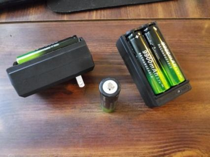 (4) 18650 Batteries + 2 chargers. For Vape or