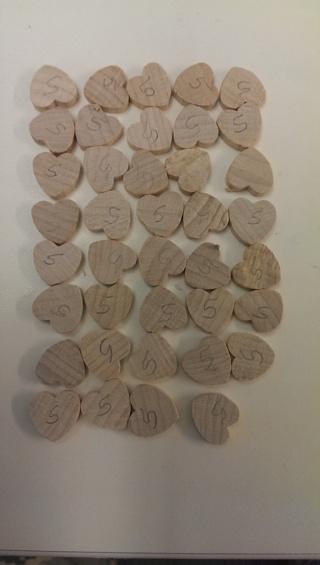 39 Mini Wood Hearts