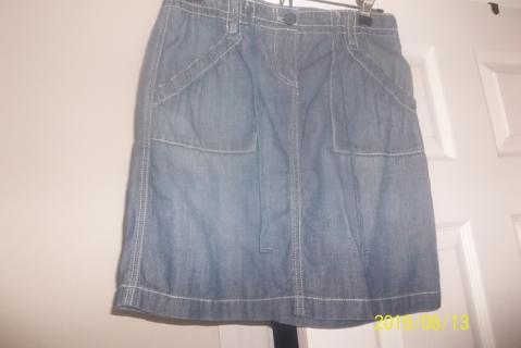 Ladies denim skirt, small