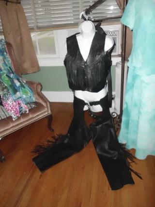 Ladies Black Leather Fringed & Embossed Vest & Chaps Set, size 6/8