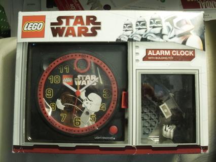 Lego 9001079 STAR WARS Alarm Clock with Chewbacca & StormTrooper Minifigure