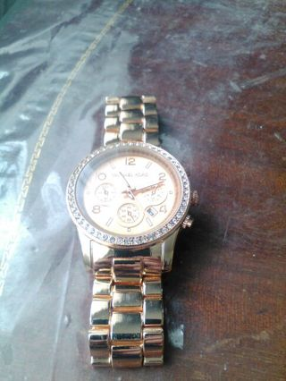 Rose Gold Copper Colored Princess Style Dial Watch Needs Batteries FREE SHIPPING
