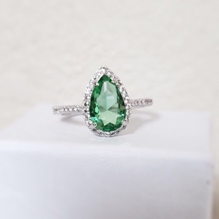 Beautiful Green Apple Topaz Ring New Size 8