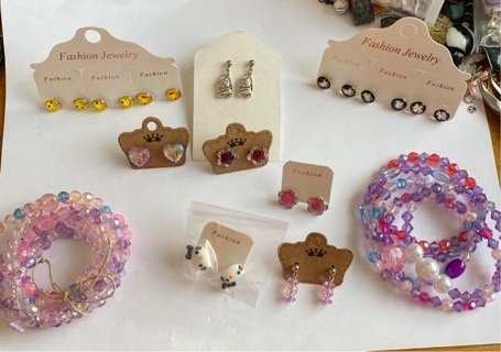 Gigantic New 40 Pieces Kids Lot Jewelry and Accessories