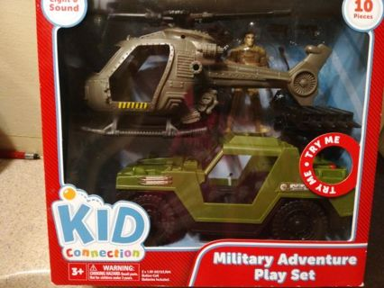 MILITARY ADVENTURE PLAY SET=FREE SHIPPING