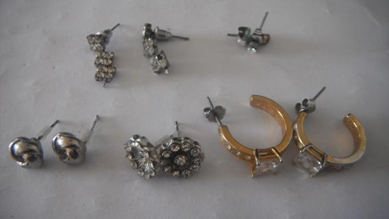 6 set of earrings