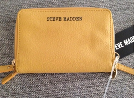 NWTs Steve Madden Double Zippered Wallet