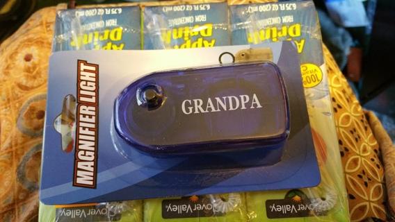 magnifier light for grandpa