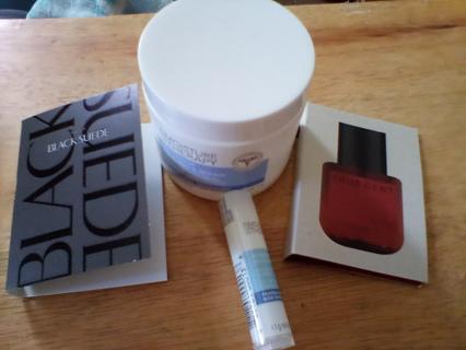 Small Men's Fragrance/ Skincare Lot: New