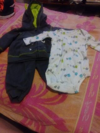 Small lot of baby clothes