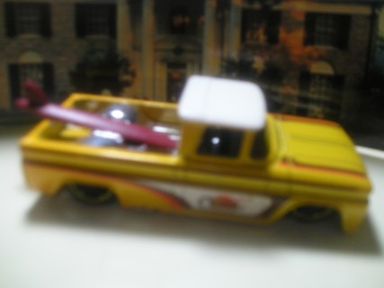 (Re-Listed)Hot Wheels '62 Chevy P/U with Board >Read<