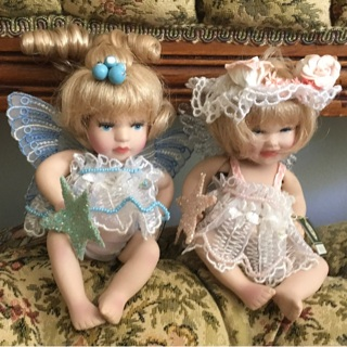 2 Tiny Bobbleheads PORCELAIN Fairies! ...very cute! ⭐️