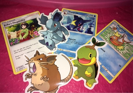 Pokémon trading cards &Stickers set(chosen randomly)6 pieces