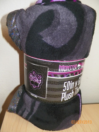 "Monster High 50"" X 60"" Plush Throw Skeleton Image Black & Purple Color NEW Blanket"
