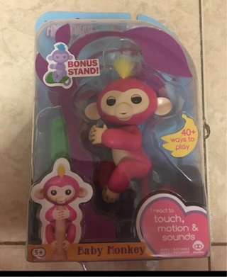 BNIP Fingerlings Pink Bella with a FREE Mystery Item