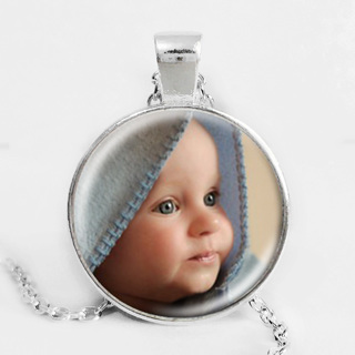Personalized Photo Pendants Custom Necklace Photo of Your Baby Child Mom Dad Grandparent Loved