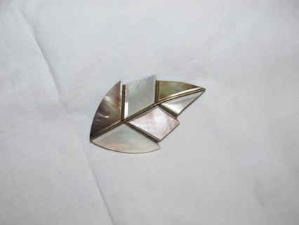 Pretty Leaf Brooch Pin Mother of Pearl Look?