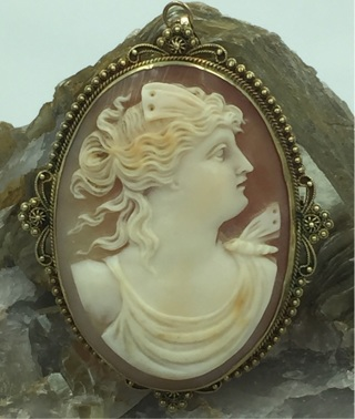 "Antique 14K Yellow Gold Large Cameo Pin/Pendant 2.45"" Tall"